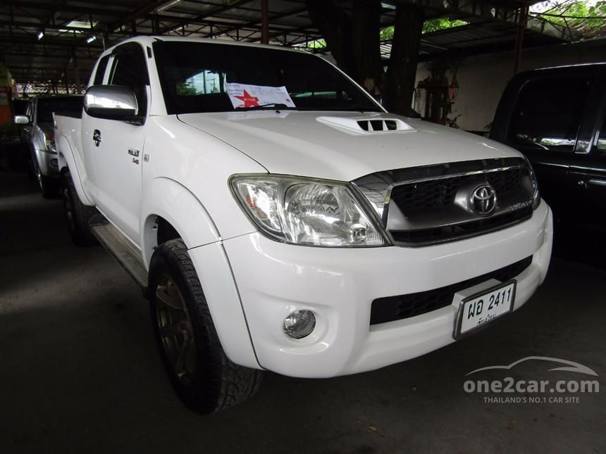 2011 Toyota Hilux Vigo E Prerunner Pickup