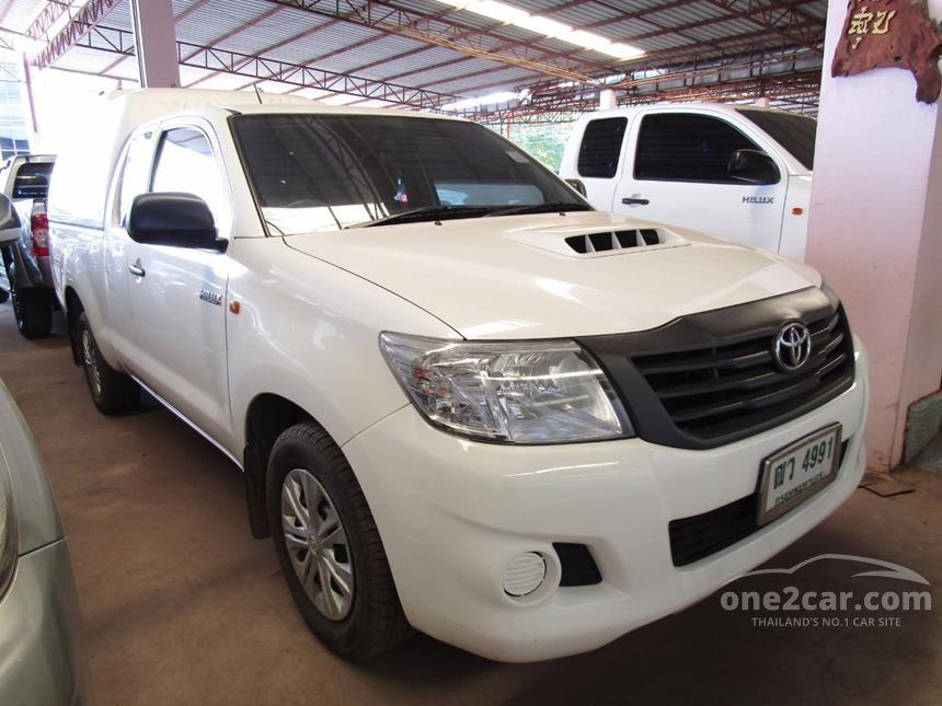 2013 Toyota Hilux Vigo J Pickup