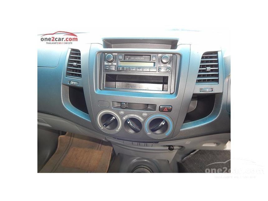 2004 Toyota Hilux Vigo J Pickup