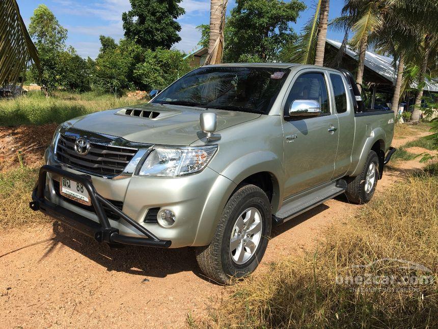 2013 Toyota Hilux Vigo Prerunner Pickup