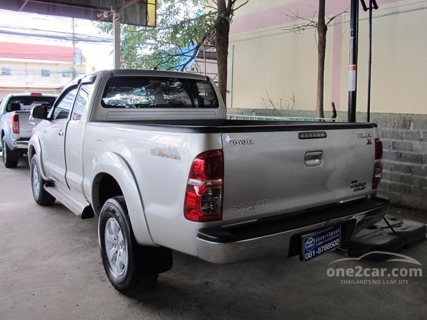2012 Toyota Hilux Vigo Prerunner Pickup
