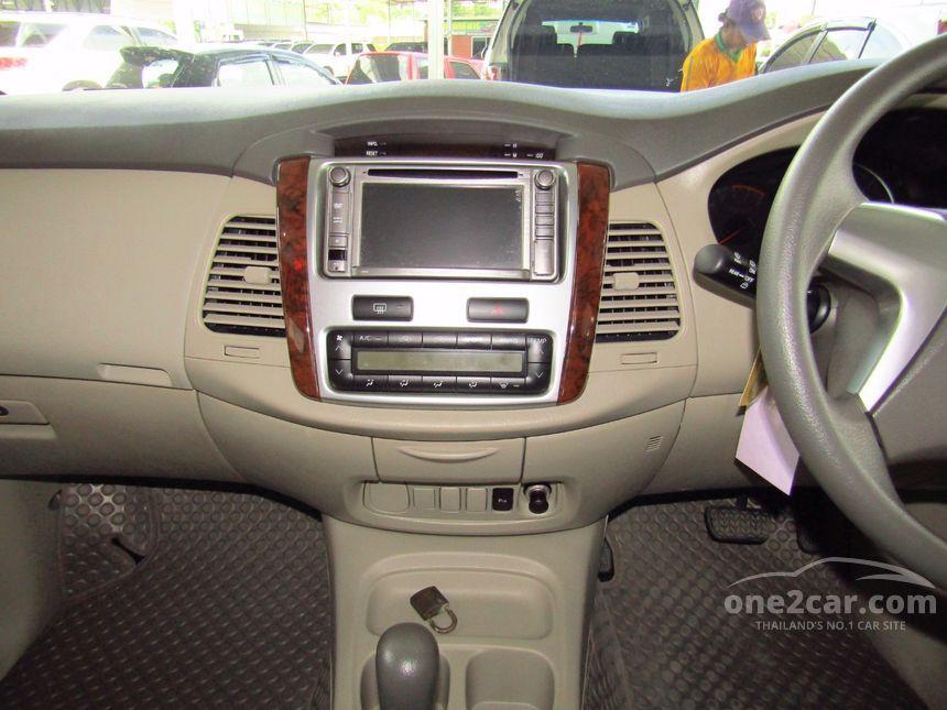 2013 Toyota Innova G Wagon