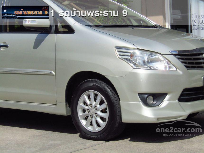 2012 Toyota Innova G Wagon