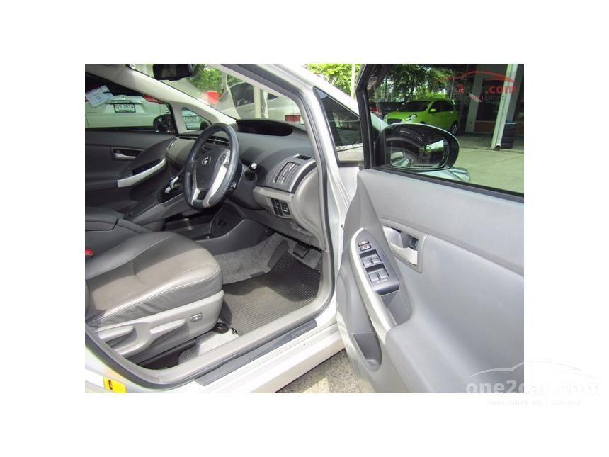 2011 Toyota Prius TRD Sportivo Hatchback