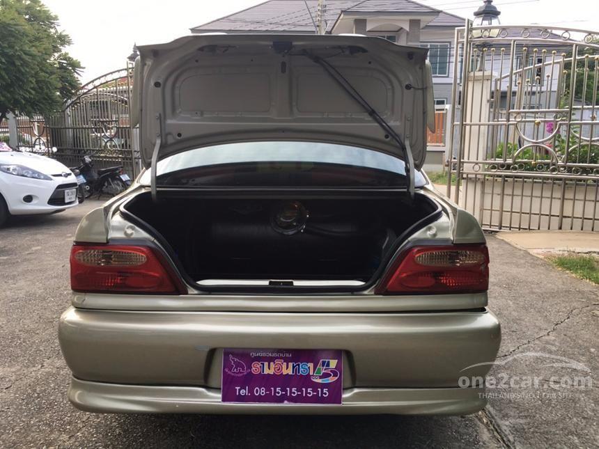2002 Toyota Soluna GLi Sedan