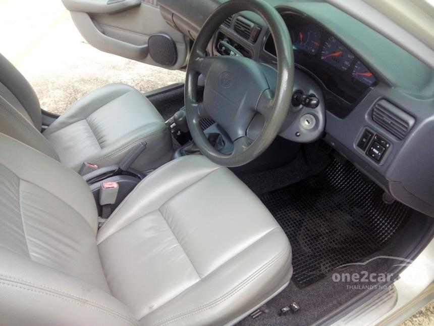 2000 Toyota Soluna GLi Sedan