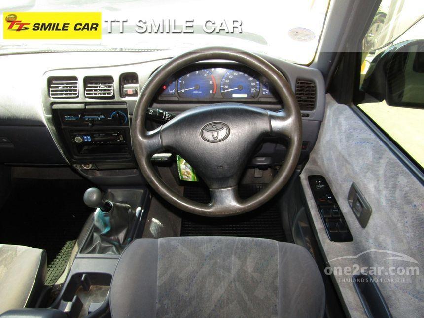 2002 Toyota Sport Cruiser E Pickup