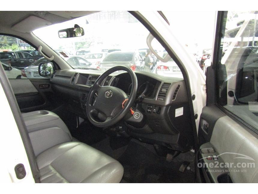 2007 Toyota Ventury V Van