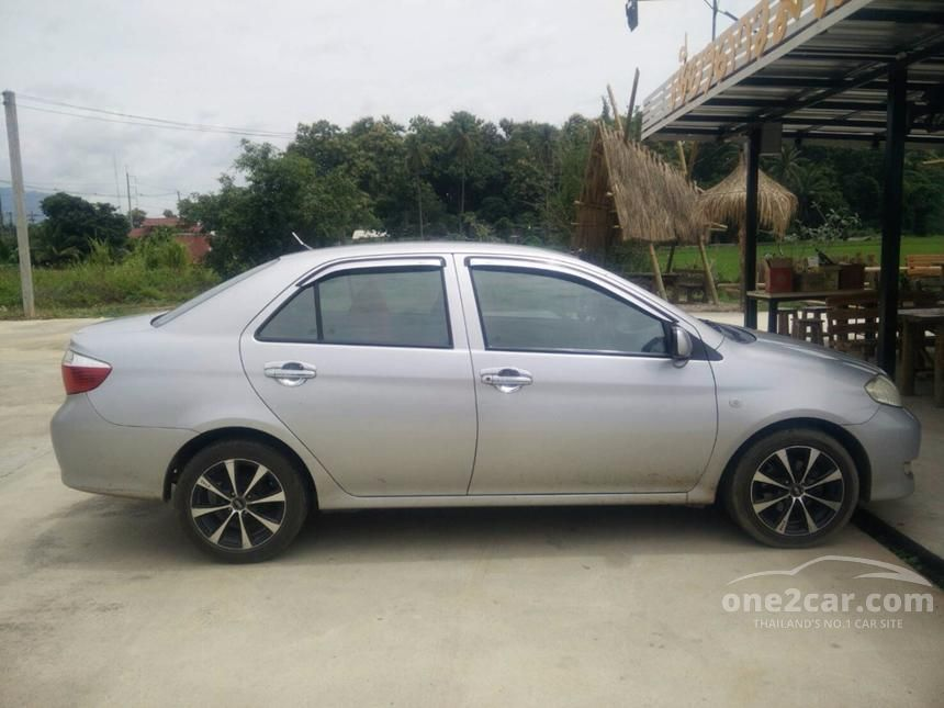 2004 Toyota Vios J Sedan
