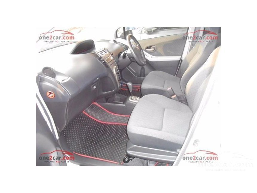 2009 Toyota YARIS E Limited Hatchback