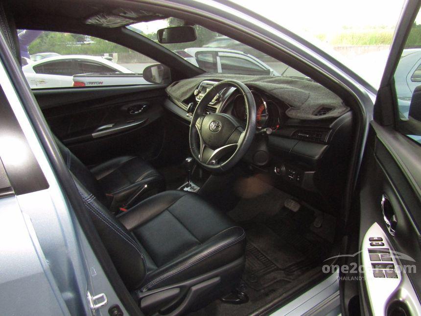 2015 Toyota Yaris G Hatchback
