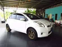 2013 Toyota Yaris (ปี 06-13) J 1.5 AT Hatchback