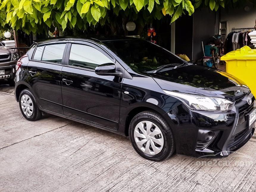 2015 Toyota Yaris J Hatchback