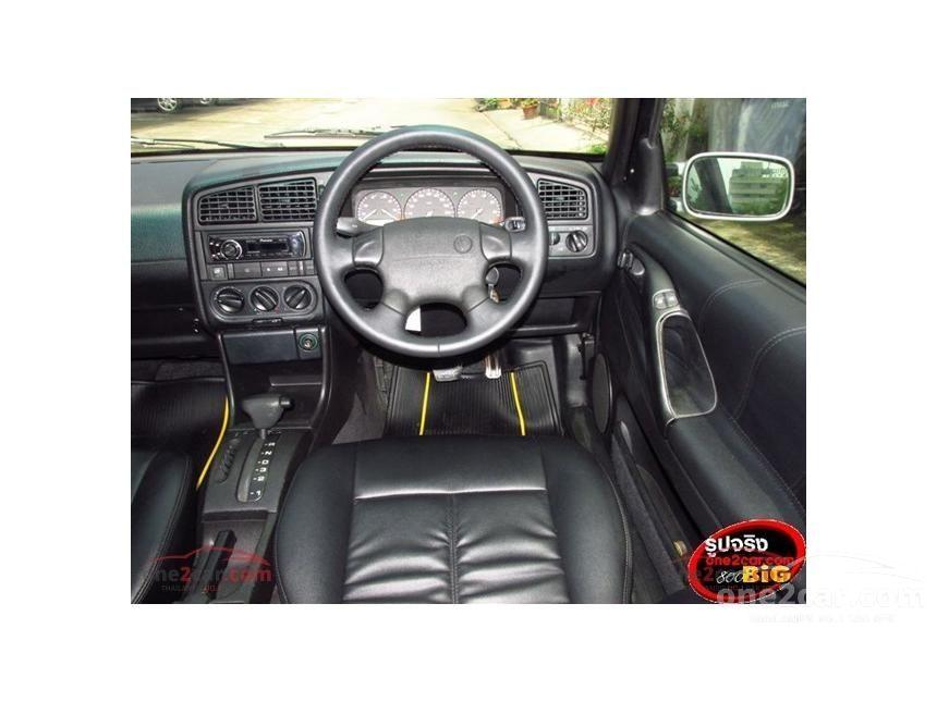 1995 Volkswagen Passat GL Sedan