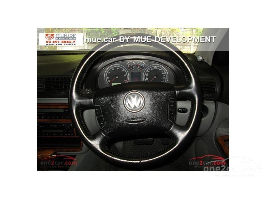2003 Volkswagen Passat V5 Sedan