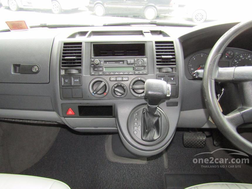 2005 Volkswagen Transporter TDi Van