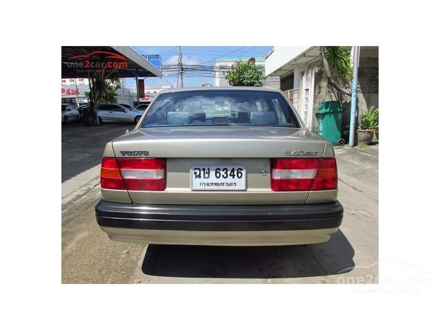 1993 Volvo 940 GLT Sedan