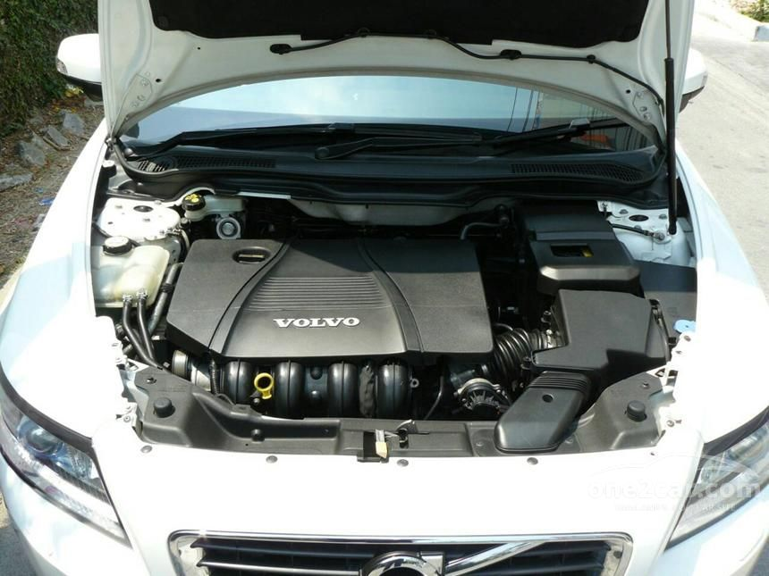 2013 Volvo S40 Sedan